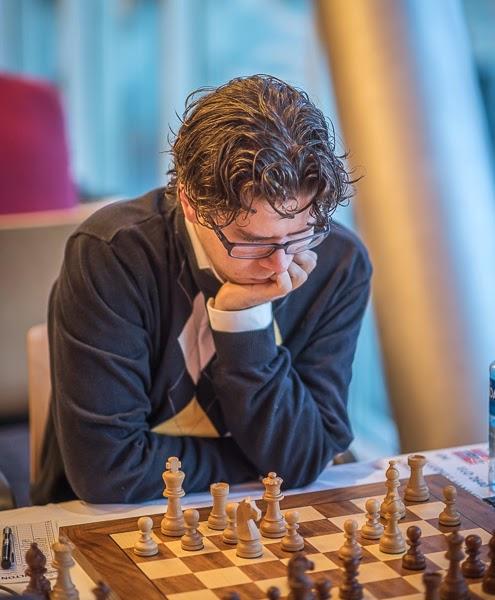 Jon Ludvig i en typisk stilstudie. Foto Lars OA Hedlund
