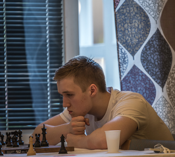 Egor Norlin kämpade länge och väl mot Jonathan Westerberg i rond 4 men till slut förgäves. Foto Lars OA Hedlund