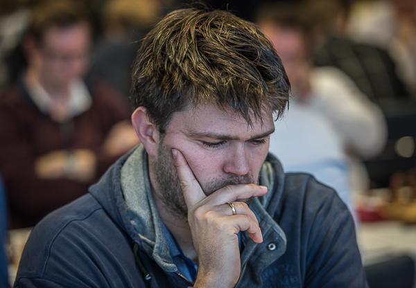 En koncentrerad Peter Heine. Foto Lars OA Hedlund