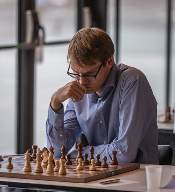 Erik Blomqvist i aktion. Foto Lars OA Hedlund