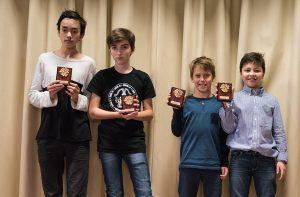 Vinnare Rockaden Junioren 2016, Mellanstadiet. Fr.v. Philip Sandberg, Matija Svetic, Adrian Trost och Edvin Trost