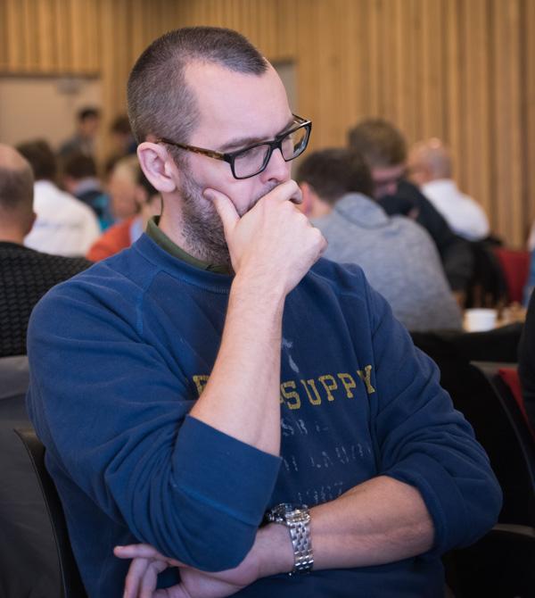 Lagledaren Jonas Barkhagen visade vägen med en seger mot Jonny Hector. Foto Lars OA Hedlund